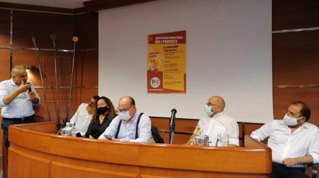 italcementi, Carlo Guccione, Catanzaro, Calabria, Economia
