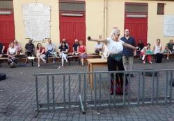 L'Opera lirica in piscina: le prove della Carmen ai «Bagni Misteriosi» Nell'impianto collegato al teatro Franco Parenti il recital «Carmen, diario di un capolavoro» - Corriere Tv