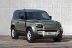 Land Rover, nuova Defender più tecnologica e comoda