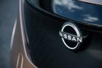 Nissan presenta il suo nuovo logo