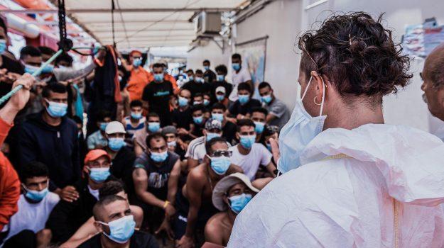 coronavirus, migranti, Ocean Viking, porto empedocle, Sicilia, Cronaca