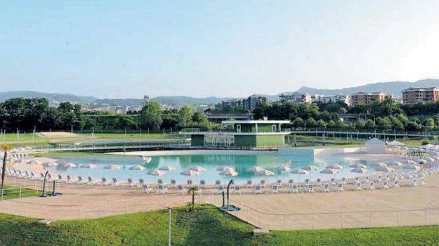parco acquatico, Cosenza, Calabria, Economia