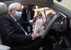 Quirinale, presentata a Mattarella la nuova 'Fiat 500' Presente il presidente di Fca John Elkann - Ansa