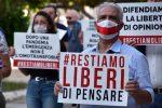 """Messina, """"restiamoliberi"""" in piazza per dire no alla legge contro l'omotransfobia"""