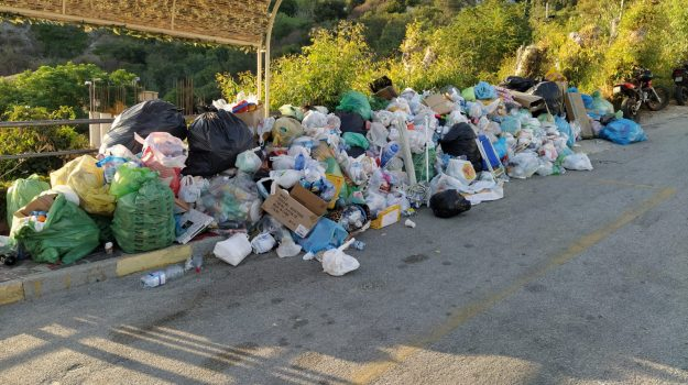 ricadi, rifiuti, Manuela Romano, Catanzaro, Calabria, Cronaca