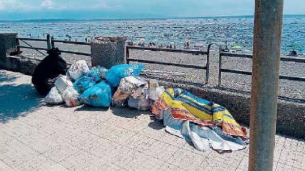rifiuti, roccalumera, Messina, Sicilia, Cronaca