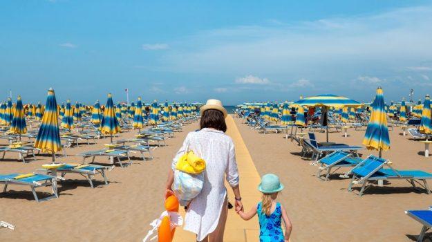 bonus vacanze, turismo, Sicilia, Economia