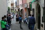 Taormina, il grido degli stagionali del turismo: decine fuori dalla sede della Fisascat Cisl
