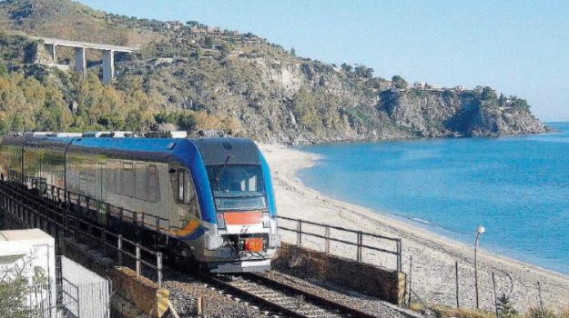 ferrovie, Giuseppe Provenzano, Sicilia, Politica