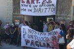 La protesta di ieri a Lipari per Lorenza