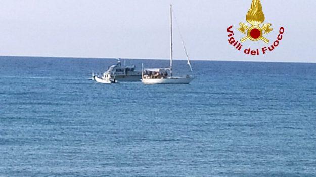 migranti, sellia marina, Catanzaro, Calabria, Cronaca
