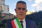 Inchiesta a Varapodio, Fratelli d'Italia sospende il sindaco Fazzolari