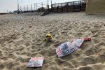 Spiagge di Pizzo fra i rifiuti dopo la notte di San Lorenzo