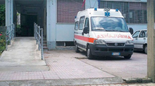 118 asp catanzaro, ambulanza, Catanzaro, Cronaca