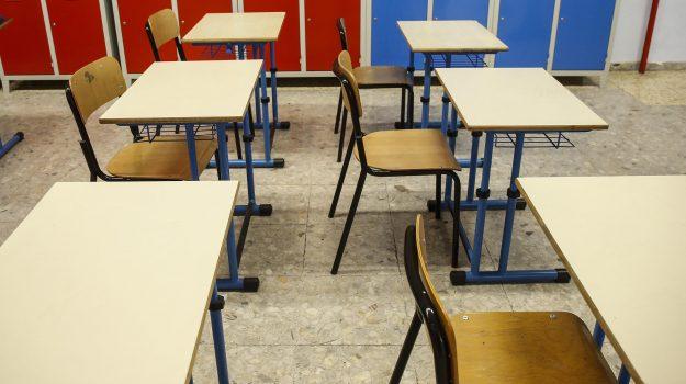 docenti di sostegno, scuola, Cosenza, Calabria, Cronaca