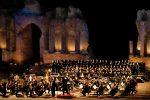 Festival dei Teatri in Pietra: Enea Scala e il coro Lirico Siciliano nell'omaggio a Di Stefano