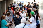 Coronavirus: Rt 0.91 ma ancora 814 decessi e sovraccarico ospedali