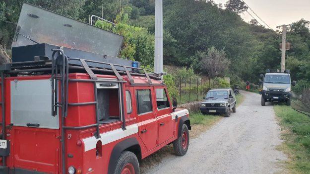 incendio, operaio forestale morto, Messina, Sicilia, Cronaca