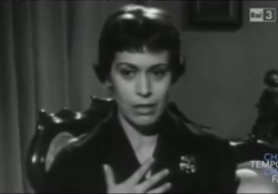 Franca Valeri in «Una moglie felice»: uno dei monologhi comici cult della tv italiana L'attrice scomparsa a 100 anni nella sua casa di Roma - Corriere Tv