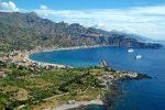 """Giardini Naxos, l'allarme di Legambiente: """"Difficile trovare spiagge libere e gratuite"""""""