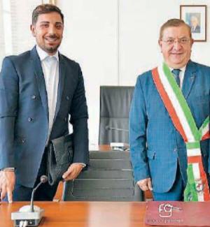 Il sindaco Giuseppe Belcastro con Pasqualino Mazzei e Daniele Posterà