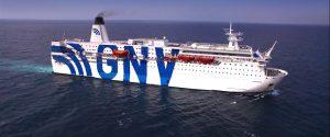 Migranti e coronavirus, la nave quarantena è arrivata a Porto Empedocle