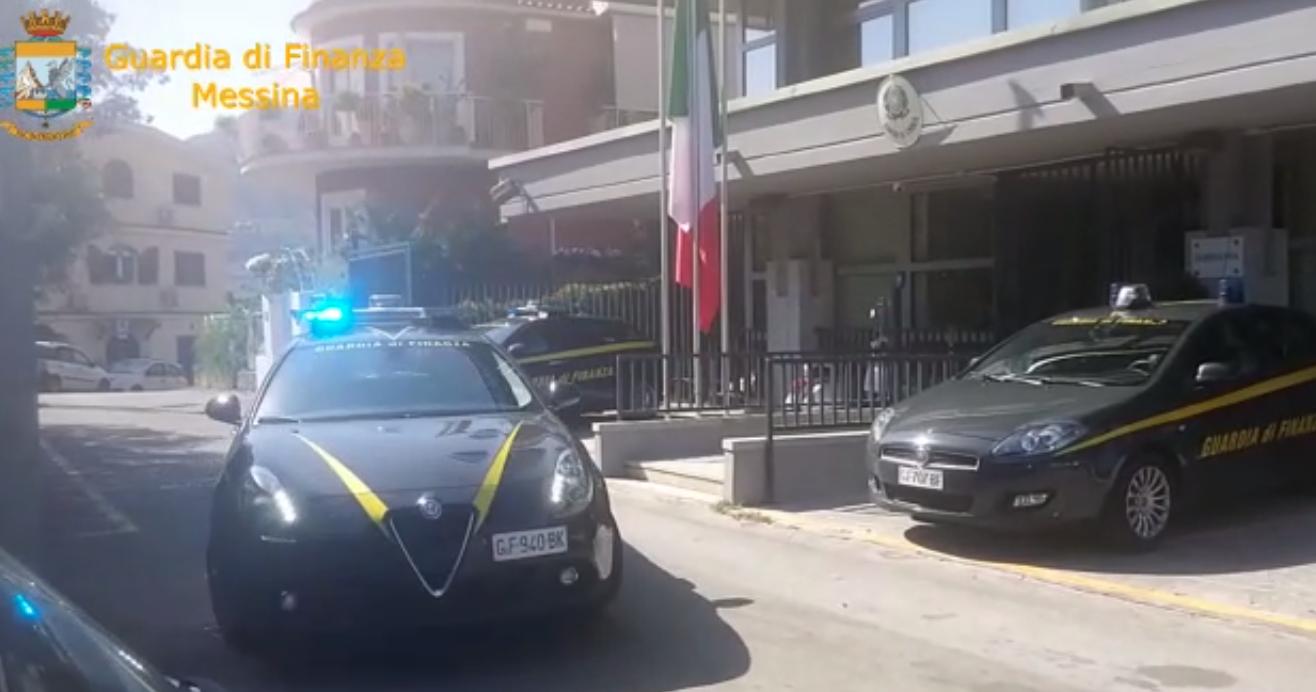 Niente Tassa Di Soggiorno Al Comune Sequestri A Taormina Coinvolti 17 Alberghi Gazzetta Del Sud
