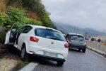 Incidente sul viadotto Ritiro a Messina, auto finisce fuori strada: traffico in tilt
