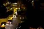 Lamezia, camion della spazzatura in azione nella notte: protestano i cittadini