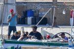 Ancora migranti in arrivo a Lampedusa, una trentina approdati nella notte