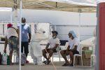 Coronavirus, 64 migranti positivi all'hotspot di Pozzallo