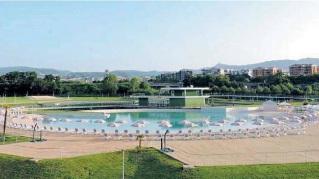 parco acquatico, rende, Cosenza, Calabria, Economia