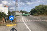 Fiume di liquami sulla Pizzo-Maierato-Sant'Onofrio, strada chiusa per allagamenti
