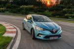 Renault Clio festeggia i 30 anni con la tecnologia E-Tech Hybrid