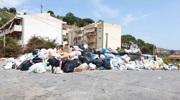 rifiuti, Pippo Lombardo, Messina, Sicilia, Cronaca