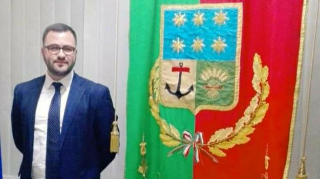provincia crotone, Simone Saporito, Catanzaro, Calabria, Politica