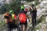 Civita, donna bloccata su una parete nel parco del Pollino: salvata dal Soccorso Alpino