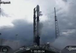 SpaceX, lanciato il satellite italo-argentino Saocom 1B Ha portato in orbita un'antenna radar di 35 metri quadrati - LaPresse/AP