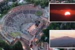 Andare a teatro alle 4 del mattino, l'alba di Taormina per «Il Risveglio degli Dei»