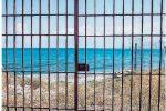 """Messina, il """"mare negato"""" di Punta Faro: buona parte dei quattro varchi resta inaccessibile"""