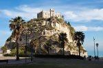 """""""Capitale della cultura italiana"""": le città siciliane in corsa per il titolo, Tropea unica calabrese"""
