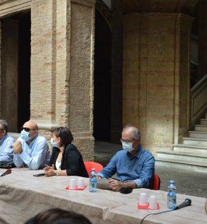 Nella foto: Paolo Massaria, Rocco Deluca, Mario Barbuto, Linda Legname, Pietro Testa, Luciana Lo Prete