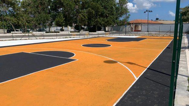 basket, Renato Accorinti, Messina, Sicilia, Cronaca