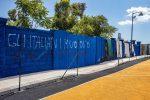 Scritte razziste al campo di basket di Messina, la solidarietà di De Luca