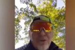 Vasco Rossi, biciclettata con invettiva contro i negazionisti del Covid