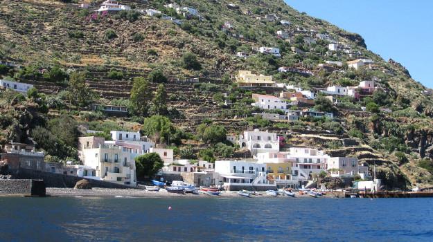 alicudi, eolie, Sandro Pertini, Messina, Sicilia, Cronaca