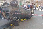 Carambola tra auto a Messina, ferita un'automobilista: vigili del fuoco in azione