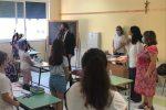 Primo giorno di scuola per 20 mila studenti di Messina: avvio con doppi turni e carenza di aule