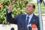 """Silvio Berlusconi esce dell'ospedale: """"La prova più pericolosa della mia vita"""""""
