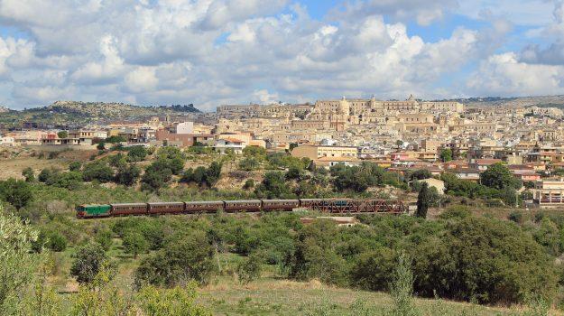 treni storici, Messina, Sicilia, Economia